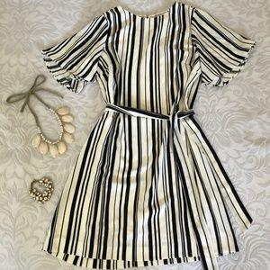 HM White black shift dress with tie belt